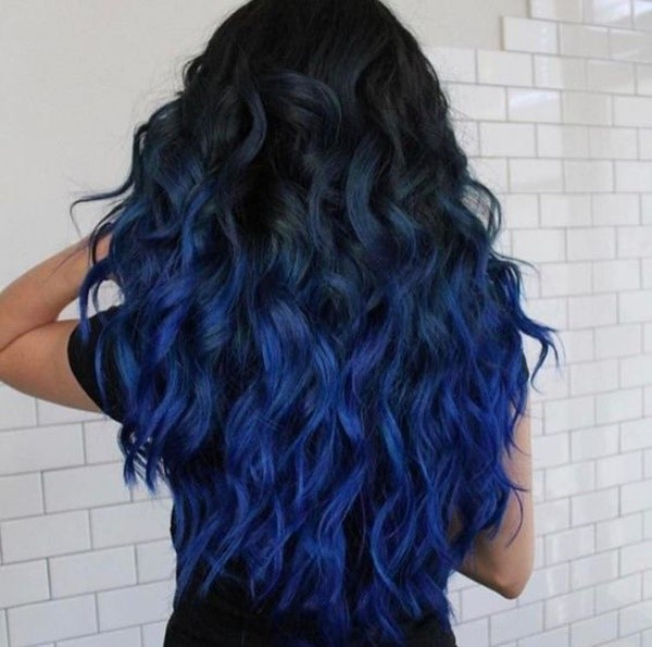 Long Wavy Hair With Dark Blue