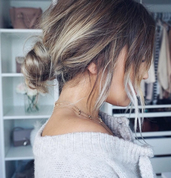 Knot Ponytail