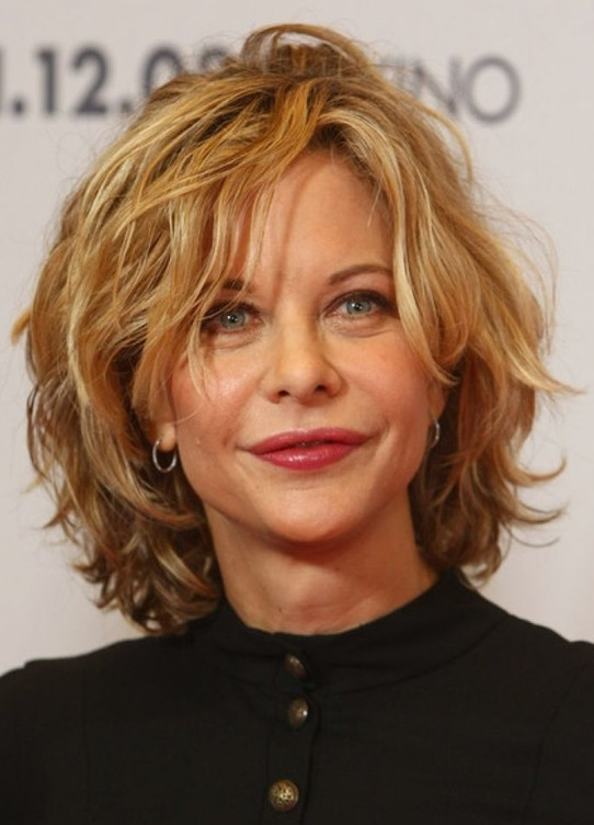 Short Layered Hair In Wavy Texture