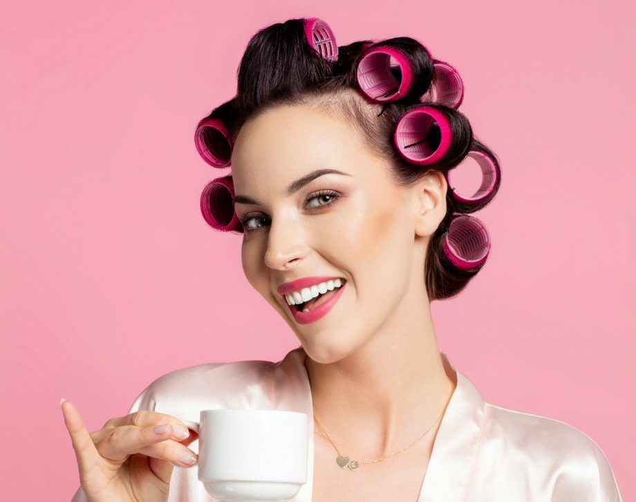 Wrapping Hair With Velcro Rollers